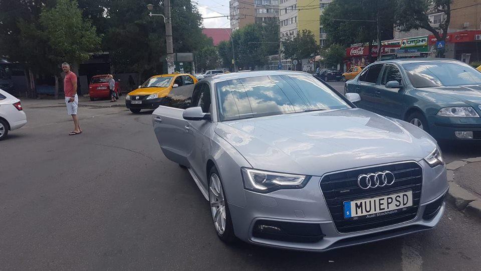 Pe străzile patriei circulă o maşină cu un mesaj pentru PSD!