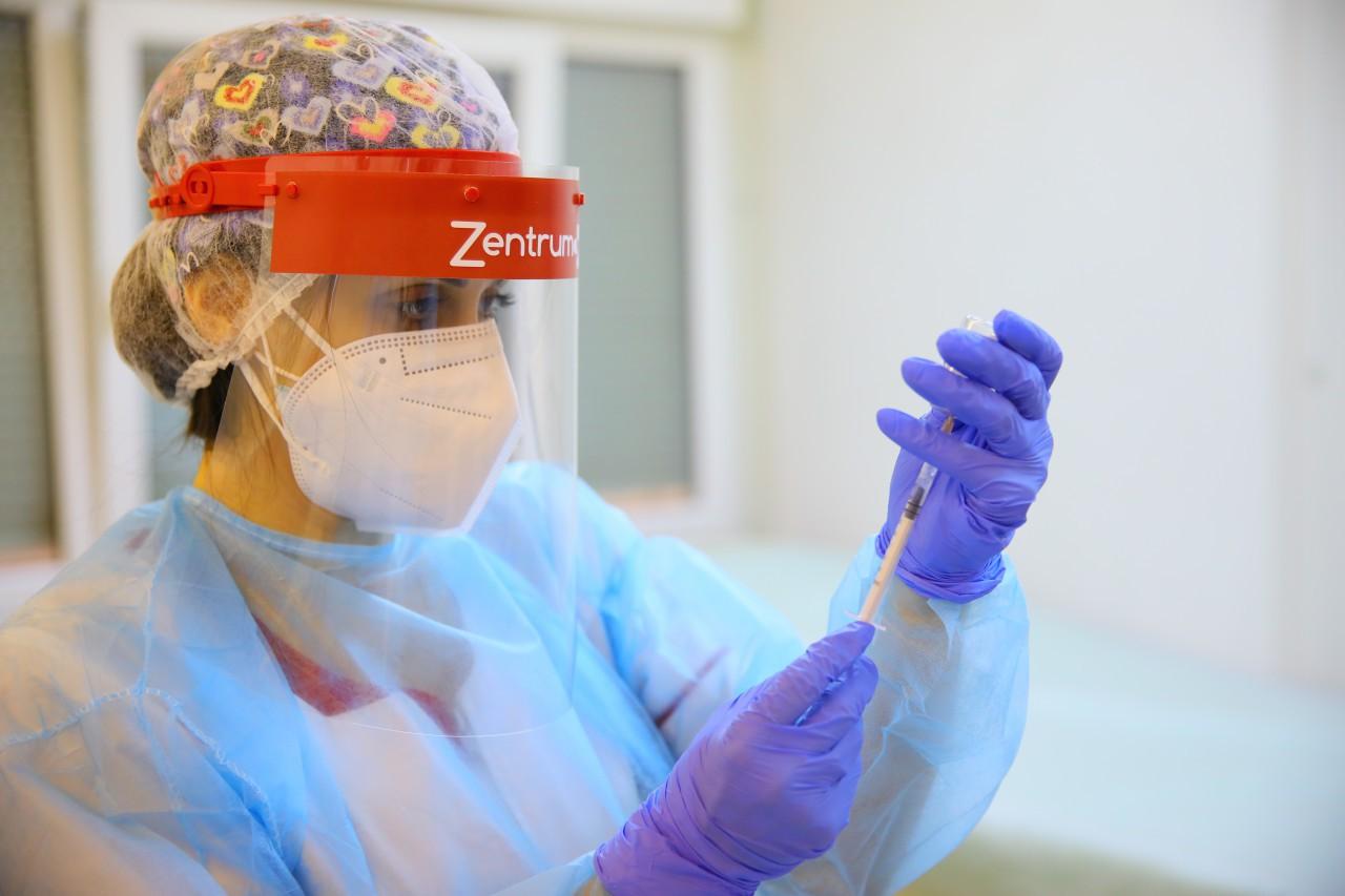 Campanie de vaccinare anti-COVID: 49.467 de persoane, imunizate în ultimele 24 de ore