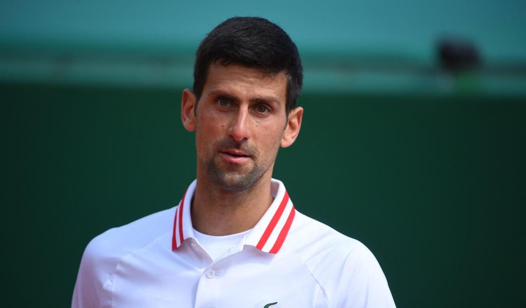 Tenis: Djokovic, în sferturi la Roland Garros după abandonul adversarului său